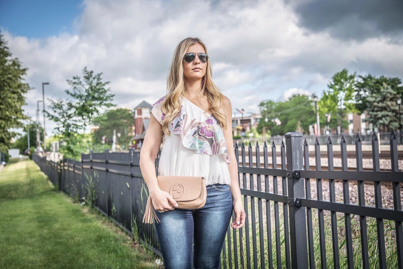 One Shoulder Top Outfit 5